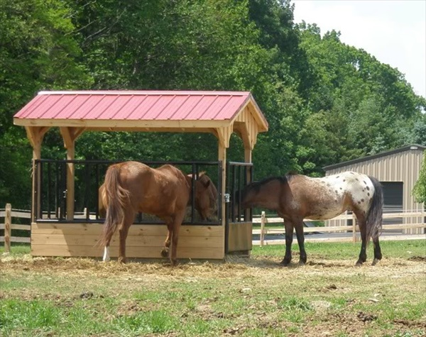 Build Your own Horse Pallet Feeder | EASY DIY and CRAFTS