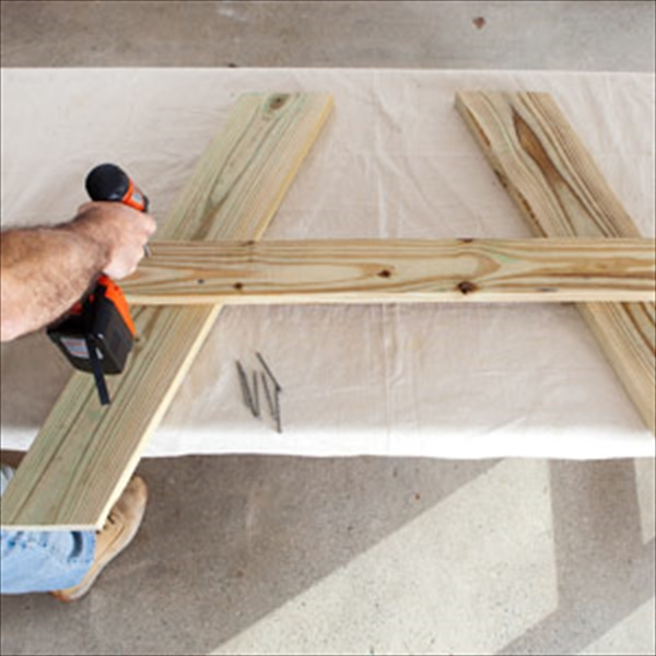 Diy wooden picnic table easy diy and crafts